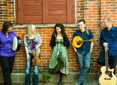 RUNA: A concert of Irish music and dance
