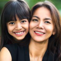Girls & Moms