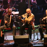 THE CHIEFTAINS with Paddy Moloney