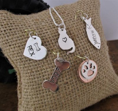 PERSONALIZED PET LOVER CHARM 2/6/20, 5:30PM- 8:00PM