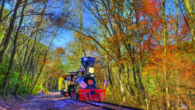 Fall Foliage Hanover Junction Flyer with No. 17